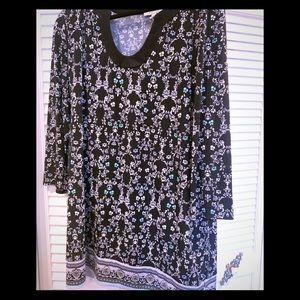 WHBM tunic top. black/white/turquoise accents.